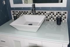 Bathrooms 06